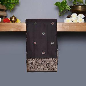 Brownish Black Coloured Kanchipuram Silk Saree With Floral Design Pallu