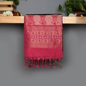 Black Coloured Soft Silk Saree with Contrast Rose Pallu.